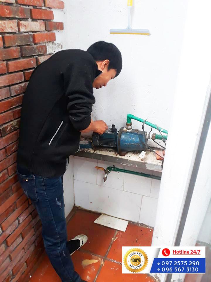 Sửa chữa máy bơm nước cho khách hàng tại Lương Khánh Thiện, Quận Hoàng Mai, Hà Nội